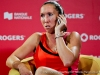 jelena-jankovic-on-the-phone08092012