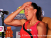 jelena-jankovic-hand-on-head