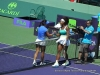 li-na-nad-serena-williams-shake-hands