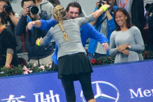 Azarenka celebrates with coach at China Open