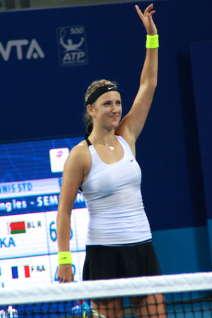 10062012 China Open Azarenka acknowledges crowd
