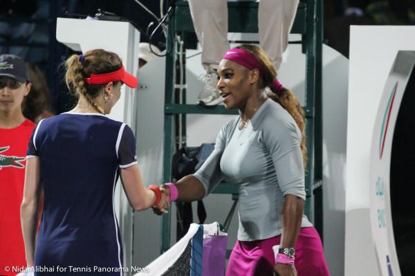 Cornet Serena shake hands