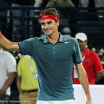 Federer waves to fans after win