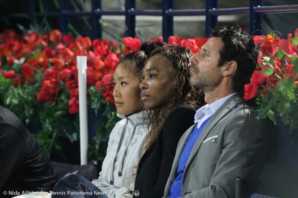 Venus Entourage inculding Serena and Patrick
