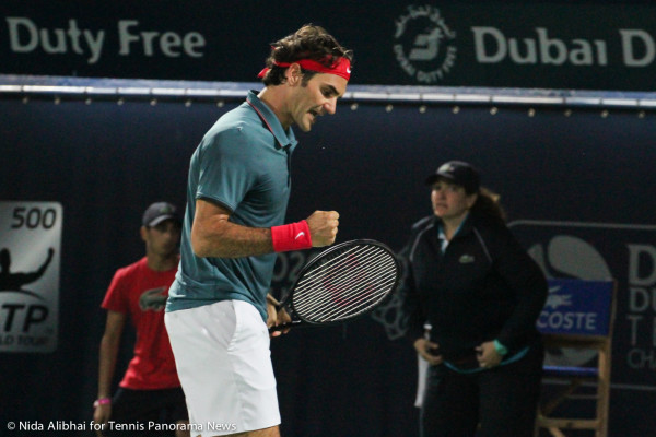 Federer yell and fist pump