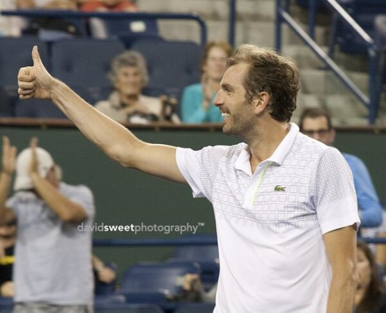 Thumbs up benneteau