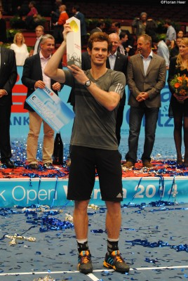 murray with trophy