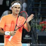 223 Dubai Federer claps-001
