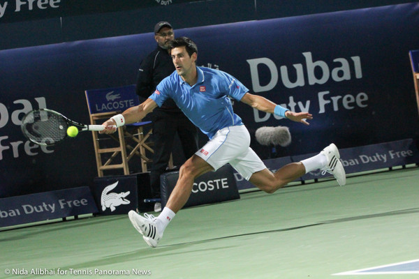227 Djokovic stretch fh-001