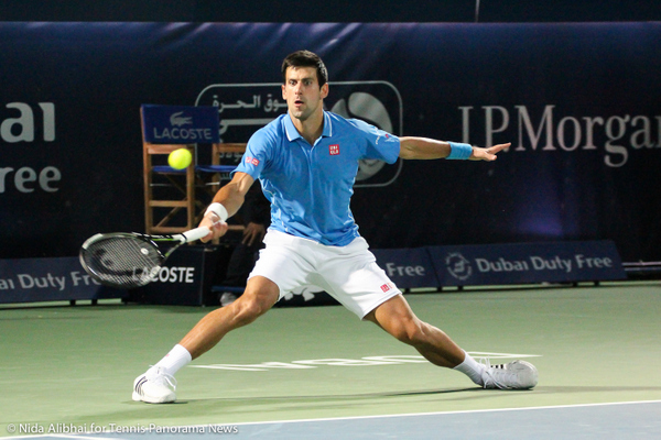 228 Djokovic split fh-001