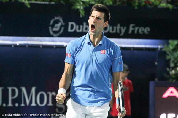 Djokovic celebrates win-001